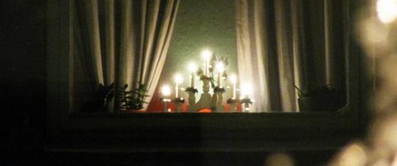 neighbors welcome light