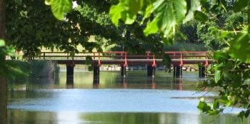 Landskrona - bridge over calm water - August