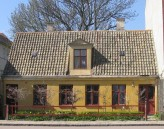 little house on östergatan
