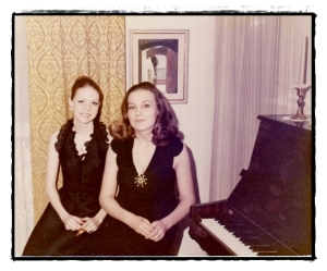 Two Scandal beauties frame