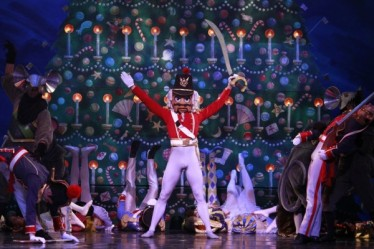 nutcracker_chicagotheaterbeat com