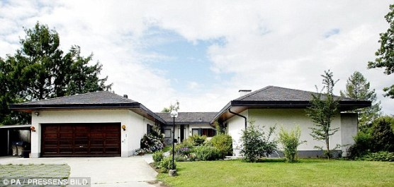 Ingvar Kampard - swizz home - dailymail.co uk