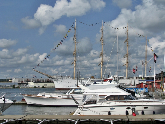 Guest harbour with Barken Viking