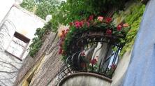 Hundertwasser House balcony -cut