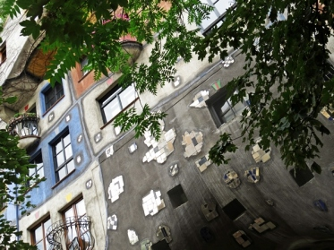 Hundertwasser House random