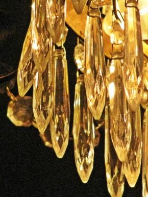 pub crystal lamp