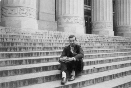 raoul wallenberg - stairs - theibtaurisblog com