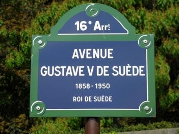 swedish street in paris