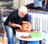 turkish pottery maker