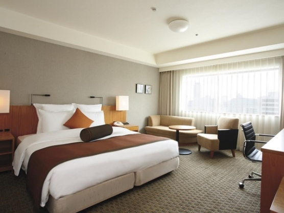 crown plaza - thebesthotels org