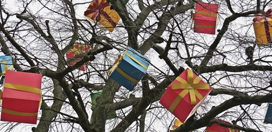 tree gifts