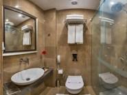 aybar - bathroom - aybarhotel.com