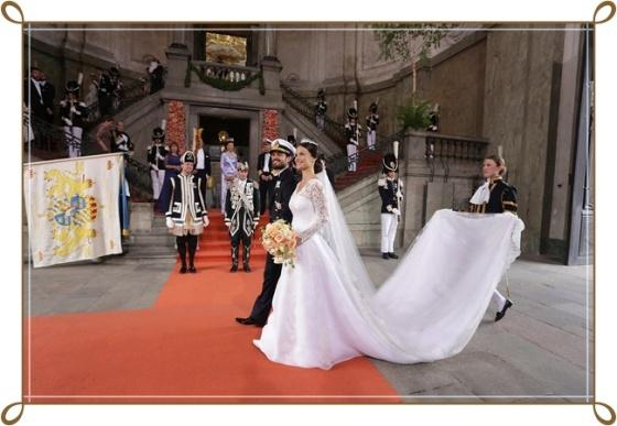 STOCKHOLM 20150613 Prinsessan Sofia och prins Carl Philip efter vigslen i Slottskyrkan i Stockholm. Foto: Sören Andersson / TT kod 1037