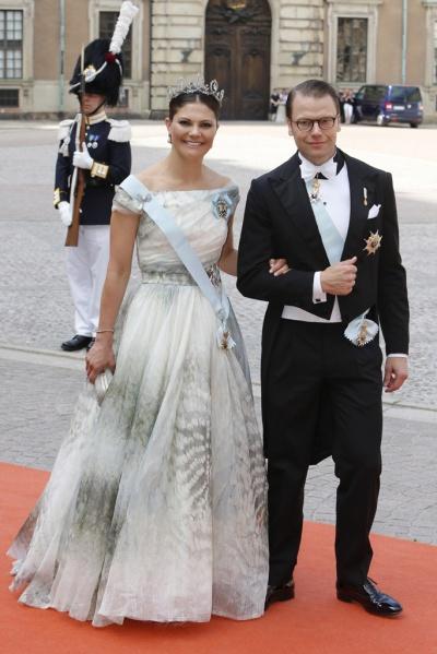 H&M dress - glamour es