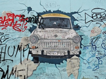 east side berlin wall 1