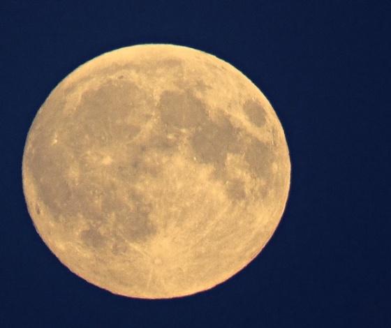magical moon 1