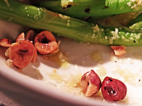 asparagus and hazelnuts