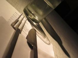 table setting -eat me