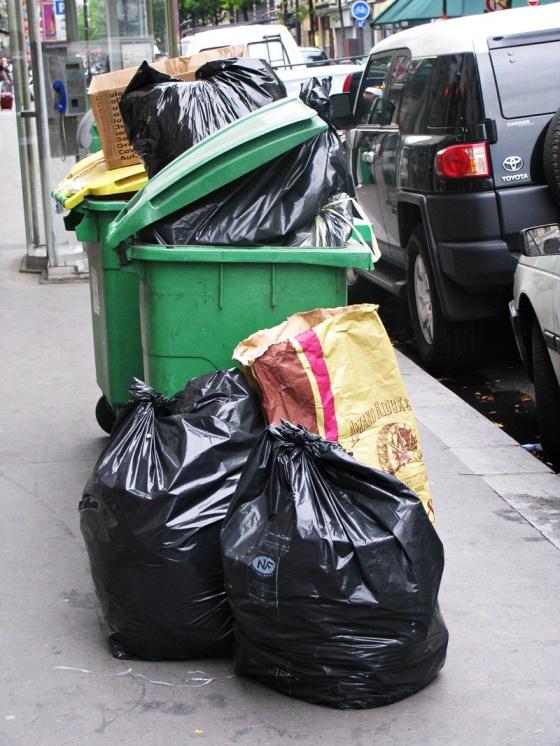 paris rubbish