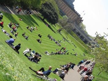 lunch hour in Princes Garden