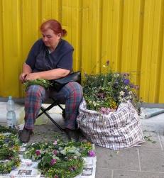 garland maker