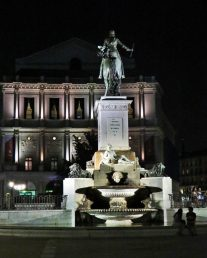 opera-house-and-statue-of-king-philip-iv-and-fountain