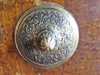 bm-door-knob