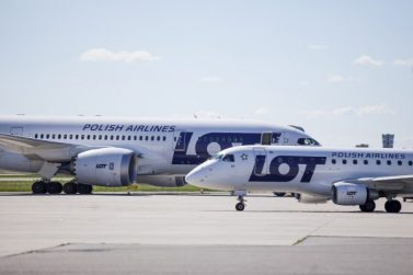 Poland Discusses State Aid For LOT Polish Airline SA