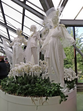 bridal display