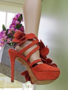 orchid shoe