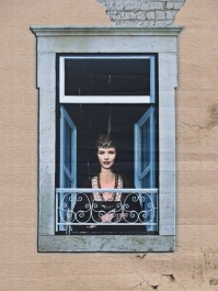 aveiro - lady in the window