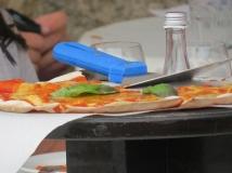 somebodys pizza