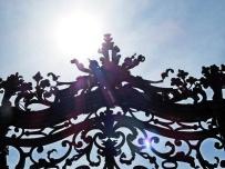 SB sunshine & iron gate