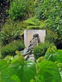pc - garden detail 1